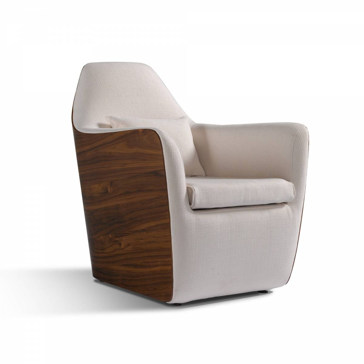 Entune Living Armonia Chair By Mario Mazzer Om Furniture
