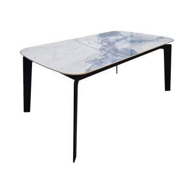 Filli Dining Table